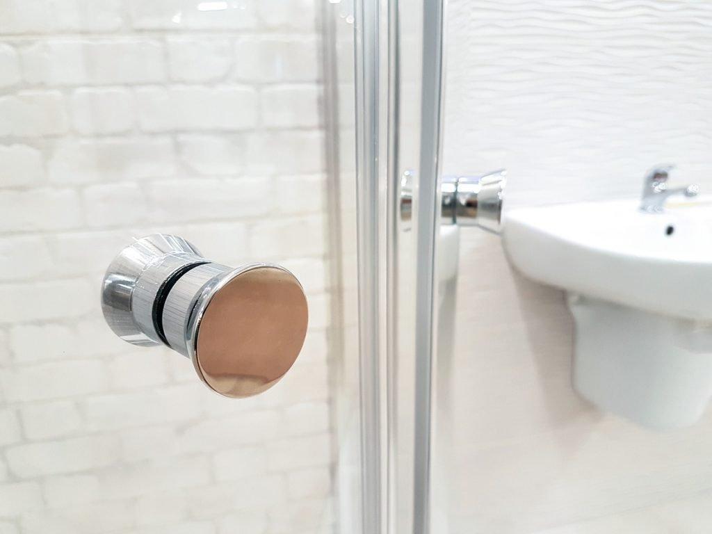 Sostituzione della vasca con la doccia